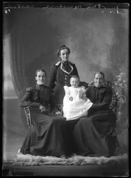 Photograph of Mrs. Dan Marshall and family