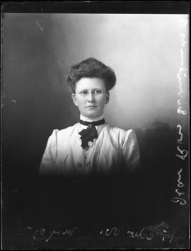 Photograph of Jean Ross