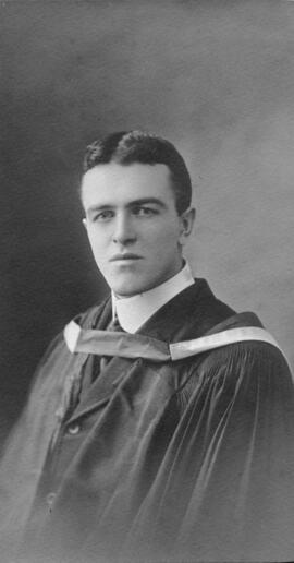 Photograph of Matthew George Burris : Class of 1910