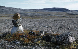Photograph of a stone marker at Tellik Inlet, Northwest Territories