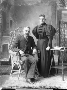 Photograph of  Mrs. Lake Murry and Mr. Murry