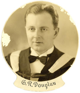 Portrait of George Ritchie Douglas : Class of 1939