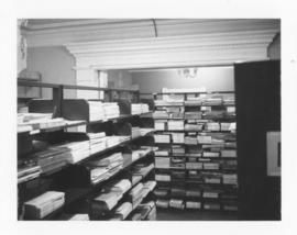 Photograph of the serials collection in the Medical-Dental Library