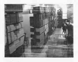 Photograph of the reference collection in the attic of the Medical-Dental Library