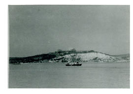 Photograph of the white cliffs of Dover