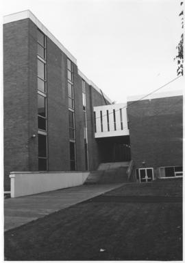 Photograph of the A.E. Cameron Building of Metallurgical Engineering, P Building