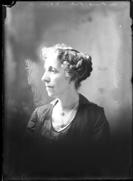Photograph of Mrs. J.W. Priest