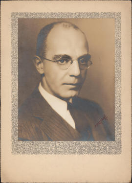 Photograph of Hubert Bradford Vickery