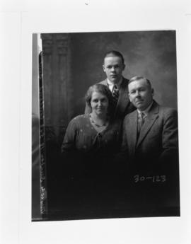 Photograph of the W.G. Dunbar family