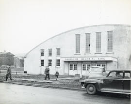 Photograph of the exterior of Dalhousie Memorial Rink