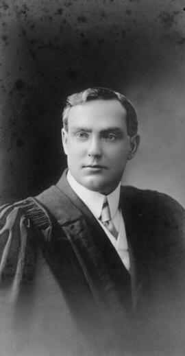Photograph of Archibald Sutherland : Class of 1910