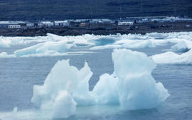 Photograph of ice floes in Frobisher Bay