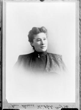 Photograph of Miss Bessie Hibbits