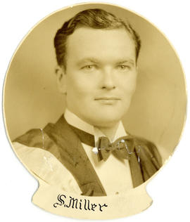Portrait of Seymour Miller : Class of 1939