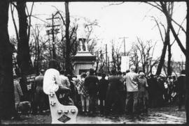 Photograph of protesters listening to speakers in Victoria Park during an anti-Vietnam War march