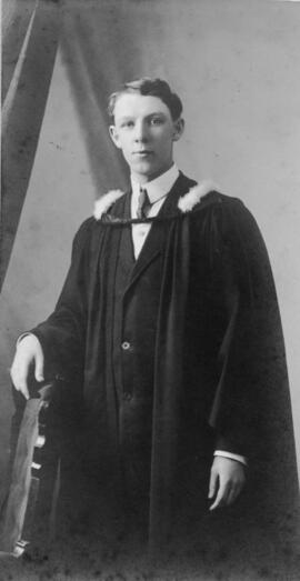 Photograph of Charles Edward MacKenzie : Class of 1910