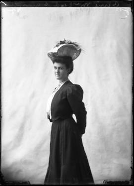 Photograph of Bessie McLeod