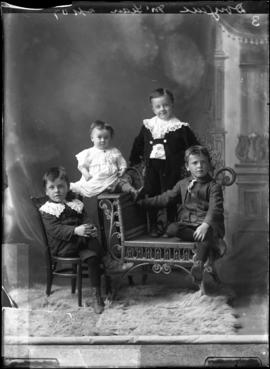 Photograph of the children of Dougall McLean