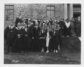 Photograph of graduates at a Dalhousie University convocation ceremony