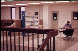 Photograph of the W.K. Kellogg Health Science Library second floor