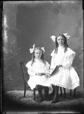 Photograph of the daughters of Mrs. Alex Plumb