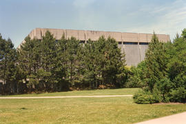 Photograph of the exterior of the Killam Memorial Library, Dalhousie University