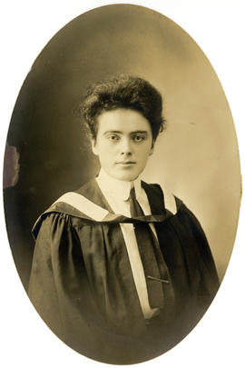 Portrait of Minnie Grace Spencer : Class of 1910