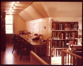 Photograph of Medical-Dental Library Reference Collection on the third floor of the 5963 College ...