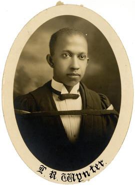 Portrait of Luther Reginald Wynter : Class of 1925