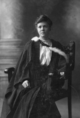 Photograph of Blanche Eunice Murphy : Class of 1906