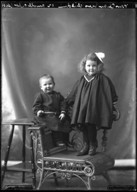 Photograph of the children of Mrs. Chambers