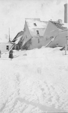 Photograph of a building devastated in the Halifax Explosion