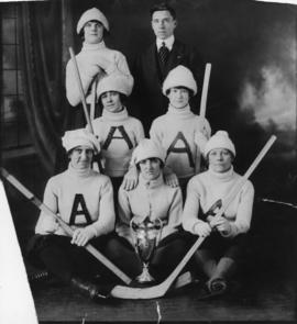 Group shot of woman's hockey team the Automatics winners of the Hayes cup