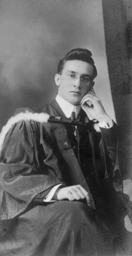 Photograph of William Arthur Whidden : Class of 1910