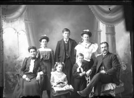 Photograph of the family of Timothy Fraser
