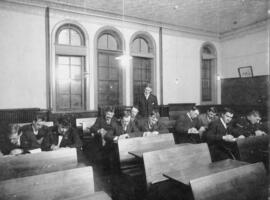 Photograph of James MacLeod teaching a night class