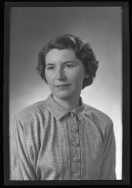 Photograph of Helen Ballantyne