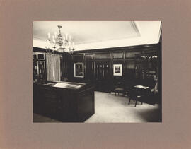 Photograph of MacDonald Library : Kipling Room