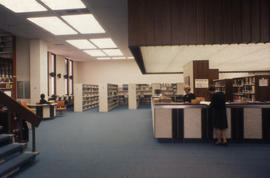 Photograph of the circulation desk in the Kellogg Library