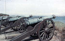 Photograph of cannons at Kronborg Castle (Slot)