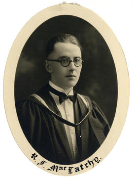 Portrait of Robert Fraser MacLatchy : Class of 1926