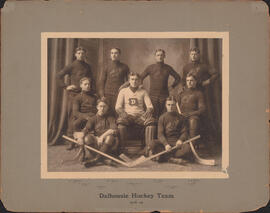 Photograph of Dalhousie Hockey Team