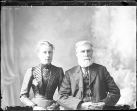 Photograph of William Ross and daughter