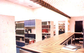 Photograph of the W.K. Kellogg Health Science Library Circulation Desk