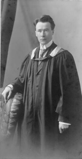 Photograph of William Vernon Coffin : Class of 1910