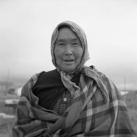 Photograph of Minnie Cooper wearing a tartan shawl in Fort Chimo, Quebec