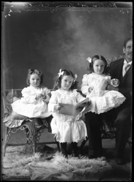 Photograph of Mr. Hector McLean and his daughters