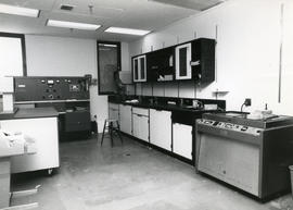 Photograph of a Faculty of Medicine laboratory