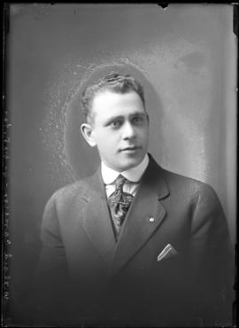 Photograph of Mr. Willard Cameron