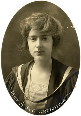 Portrait of Anna St. Clair Creighton : Class of 1922